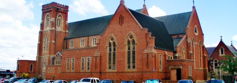 کلیسا جامع باتورست