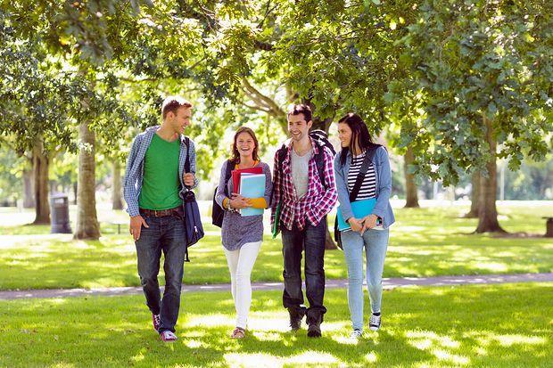 شرایط تحصیل در دوره دبیرستان در استرالیا